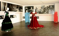 Google Image Result for http://thedailytruffle.com/wp-content/uploads/2010/04/maria-callas-costume-exhibit.jpg