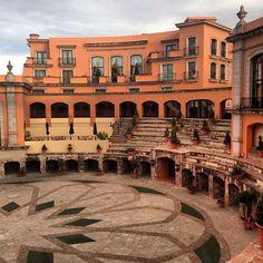 Antigua Plaza de Toros......HOTEL