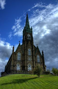 Basilica of St Michael the Archangel in Miramichi, New Brunswick, Canada Cathedral Basilica, Cathedral Church, New Brunswick Canada, Old Churches, Catholic Churches, Church Pictures, Take Me To Church, Haunted Places, Haunted Houses