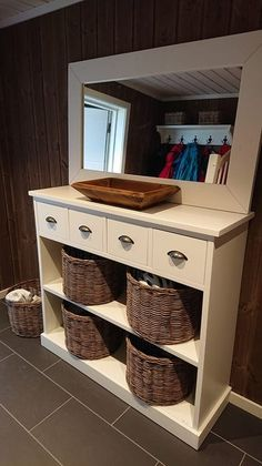 Hallway entryway rustic furniture, handmade by Korshagan gårdssnekkeri Rustic Furniture, Entryway Tables, Handmade, Home Decor, Design, Cloakroom Basin, Raw Furniture, Homemade Home Decor