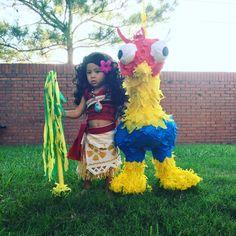 #moanacostume Moana themed party, great summer party #moanabirthday #disneyprincess #summerparty #diymoanacostume