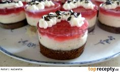 Cheesecake Brownies, Mini Cheesecakes, Mini Cakes, Tupperware, Cake Pops, Ham, Minis, Food And Drink, Dessert Recipes