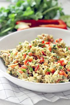 3. Fiesta Chicken Salad  #whole30 #recipes http://greatist.com/eat/whole30-recipes-for-lunch