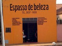 Ainda bem que não é uma escola de português!