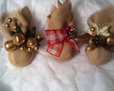 ornaments for burlap christmas ideas - Buscar con Google