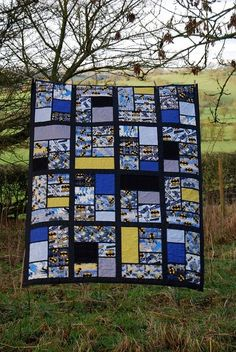 Batman Comic Book Quilt by Lynne @ Lilys Quilts, via Flickr. Cute idea for younger boys! Marvel comics or super-hero quilts!: