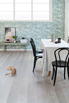 Natural, calm and authentic. Oak Handwashed BOLE, brushed matt lacquered brings nature to your home.