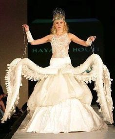 Worst wedding dresses: Octopus wedding dress. Handy for carrying a few extra glasses of Chardonnay on the dance floor though. #worst #wedding #dress