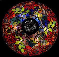 """The 22"""" Trumpet Vine Tiffany lamp, Design of Tiffany-Studios NY"""