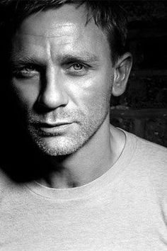 Daniel Craig...okay, so not grey yet, but come on - so hot! (And technically, he does fit the looking-good-older category.):