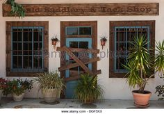 a-rustic-looking-western-storefront-in-the-villages-florida-usa-dgf5xx.jpg (640×446)
