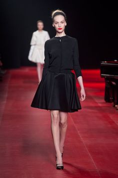 See all the looks from Nina Ricci's Fall 2013 show. #pfw