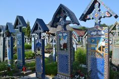 Humor- Travel to Romania (The Merry Cemetery from Sapanta) - A Romanian in Russia