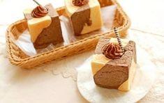 楽天が運営する楽天レシピ。ユーザーさんが投稿した「四角いチョココルネ【No.211】」のレシピページです。※キューブシフォン型 3個分四角いシフォンケーキ用の型でパンを焼いてみたら、こんなにかわいいパンになりました。。四角いチョココルネ。■パン生地,強力粉,薄力粉,砂糖,塩,ドライイースト,スキムミルク,無塩バター,卵,水