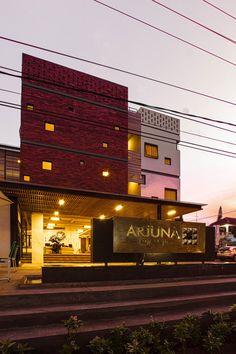 Gallery of Arjuna Hotel Batu / KsAD - 6