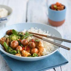 Op Thaise wijze Broccoli, Potato Salad, Curry, Potatoes, Pasta, Ethnic Recipes, Food, Curries, Potato