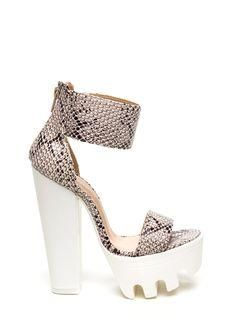 Jump on the snakeskin trend with these bad boys. These snakeskin...