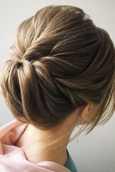 10 Chignon Buns for Every Occasion – New Season's Best Buns! This season's latest chignon buns are very different in style and color from everything we've seen before! This gallery shows a range of . Hairstyles For Long Hair Easy, Short Hair Updo, Older Women Hairstyles, Wedding Hairstyles, Beautiful Hairstyles, Semi Formal Hairstyles, Updos Hairstyle, Teenage Hairstyles, Hairstyles Pictures