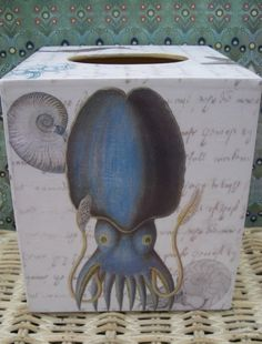 Squid tissue box