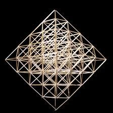 himmeli - Google-haku Straw Sculpture, Triangle, Sculptures, Projects To Try, Christmas Decorations, Crafty, Inspiration, Mobiles, Pop