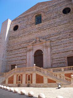Convento di San Domenico in Perugia, Italy (via juliabourque.blogspot.com) Latina, Perugia Italy, To Go, Louvre, Country, Bridges, Buildings, Arch, Houses