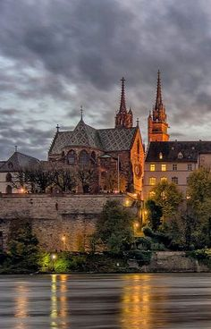 Basel Cathedral (Münster) at dusk, Switzerland Beautiful Places To Visit, Great Places, Amazing Places, Zermatt, Switzerland Bern, Grindelwald, Rhine River Cruise, Urban Painting, Austria Travel