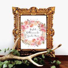 """Türkränze sind teuer und werden oft schnell blass und unansehnlich! So könnt ihr eure Haustüre dekorieren und habt einen """"Türkranz"""" mit eurem Wunschnamen für die Ewigkeit!  Mehr zum Thema Deko/Geschenkideen im Bereich Wohnen findet ihr bei Papiertraumallee!  #geschenkideen #posterliebe #einzugsgeschenk #persönlich #individuell Watercolor Rose, Happy Day, Blass, Frame, Creative, Etsy, Decor, Ideas, Welcome Home"""