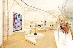 UM Junior Top Kid's Wear Multibrand Store by AS Design at Sands Cotai Central, Macau – China » Retail Design Blog
