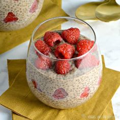 Chocolate Chia Pudding for Two. Chocolate Chia Pudding is a healthy sugar-free treat perfect for dessert a snack or even breakfast! Sugar Free Treats, Sugar Free Desserts, Chocolate Chia Pudding, Chocolate Peanut Butter, Healthy Sugar, Healthy Treats, Healthy Foods, Healthy Eating, Pudding Recipes