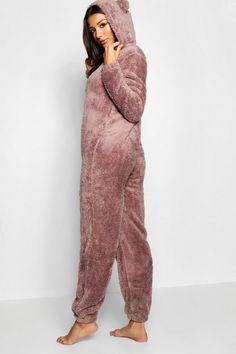 Onesie Pajamas Women, Cute Pajamas, Teddy Bear Onesie, Snuggle Bear, Simple Winter Outfits, Cute Pajama Sets, Cosy Outfit, Cute Sleepwear, Pajama Pattern