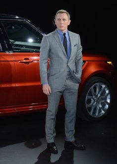 James Bond meets Range Rover | Pictures