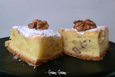 Torta di mele e noci   Ricetta I Love Food, Good Food, Biscotti, Dessert Recipes, Desserts, Apple Recipes, Bon Appetit, Cupcake, Cheesecake