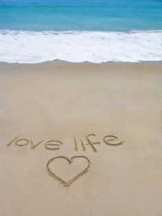 Beach on Fire Island, Ny with the Words 'Love Life' Written in the Sand Lámina fotográfica