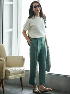 Uniqlo The perfect summer work outfit. Kids Outfits, Summer Outfits, Casual Outfits, Cute Outfits, Fashion Outfits, Work Outfit Summer, Birkenstock Outfit, Uniqlo Women Outfit, Uniqlo Style