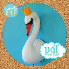 Swan head sewing pattern. Faux taxidermy felt bird. Princess swan with crown. Girls room nursery decor. Trophy head. Wall bust. PDF download