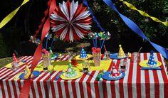 Carnival / Circus Table at Madhatterpartybox.com