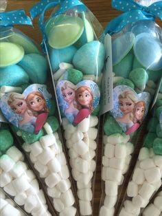#Frozen Anna & Elsa sweet cones