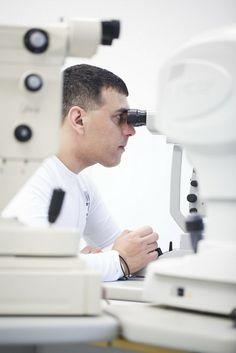 Man at work // Laserová operácia očí Bratislava http://www.cornea.sk/
