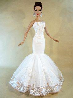 Eaki Wedding Bride Dress Outfit Tyler Sydney Brenda Gene Alex Tonner AvantGuards i lik how the bottem is Round & the sides com up of the floor