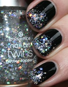 Black nails w/ glitter tips! Black nails w/ glitter tips! Black nails w/ glitter tips! Nails Opi, Get Nails, Love Nails, Manicures, How To Do Nails, Pretty Nails, Hair And Nails, Polish Nails, Nail Polishes