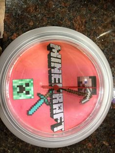 OMG I want this Minecraft Clock for my office!