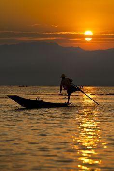 Myanmar, Inle lake sunset.