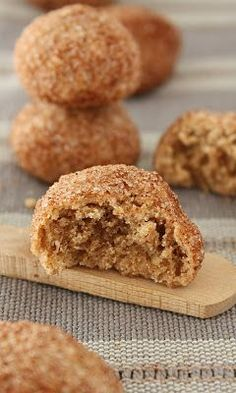 timbit looking things Bake Sale Recipes, Baking Recipes, Cookie Recipes, Dessert Recipes, Cinnamon Cookies, Yummy Cookies, Cupcake Cookies, Bar Cookies, Cupcakes