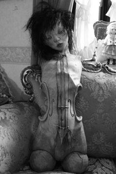 Trendy Ideas For Dark Art Photography Surrealism Scary Arte Horror, Horror Art, La Danse Macabre, Dark Art Photography, Creepy Horror, Creepy Art, My Demons, Bizarre, Creepy Dolls