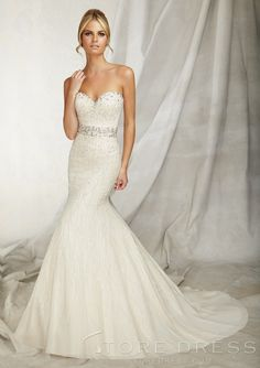 2013 Gorgeous Sweetheart Embroidered Appliques Lace Wedding Dress at Storedress.com
