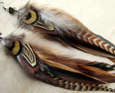 Feather Earrings Natural Colors Brown Striped door peacefrogdesigns