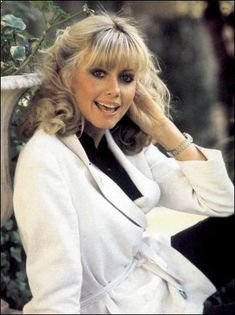 Photo of Olivia for fans of Olivia Newton-John 36057989 Olivia Newton John Young, Sandy Grease, Farrah Fawcett, Good Looking Women, John Travolta, Beautiful Actresses, Old Hollywood, Girl Crushes, Beauty Women