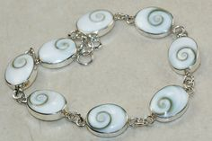 Shiva Pearl bracelet designed and created by Sizzling Silver. Please visit  www.sizzlingsilver.com. Product code: BR-9660