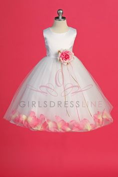 flower girl dress <3 Lucy said she wants pink