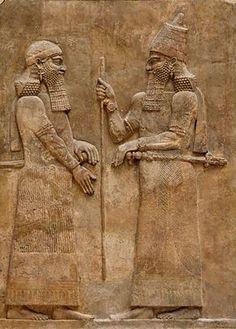 le Roi Sargon II et un Dignitaire (Assyrie) - le Louvre Paris
